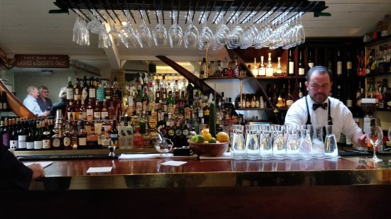 Boulcott Street Bistro: Well stocked bar