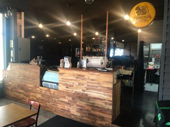 Croydon, Australia: Front Bar with Cakes & Coffee