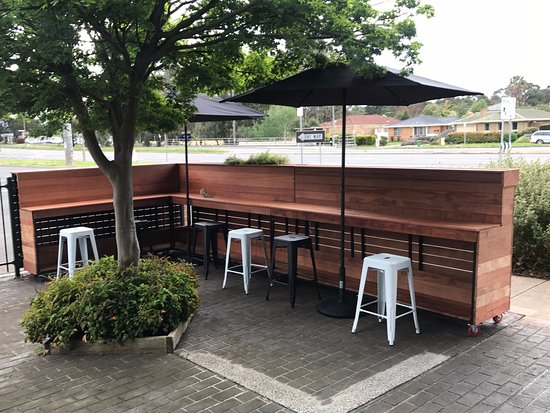 Croydon, Australia: Outside Dining Area