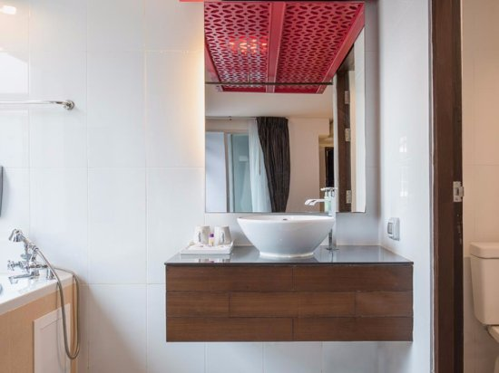 Nimman Mai Design Hotel by Compass Hospitality Photo