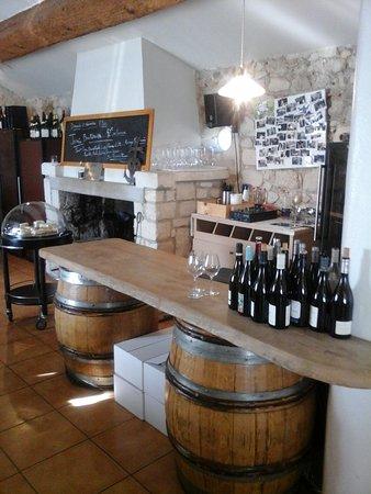Bellegarde, Francia: restau1