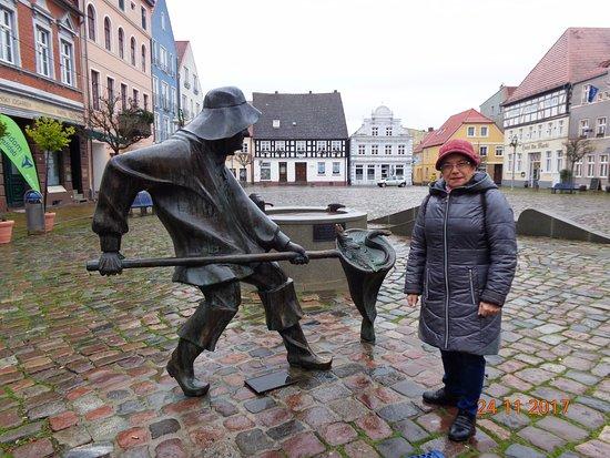 Rynek Starego Miasta w Ueckermunde.