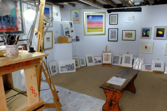 Ludlow, UK: Our little gallery interior.