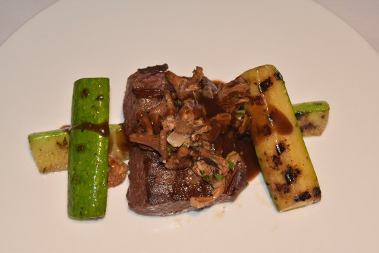 Chicago Grill & Bar : Grilled Flat Iron Steak with Chanterelles & Zucchini