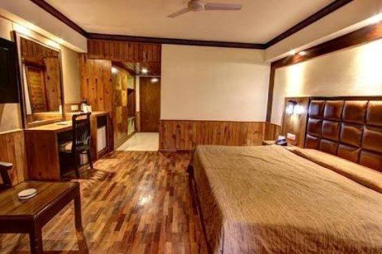 Hotel Kanishka: images_large.jpg