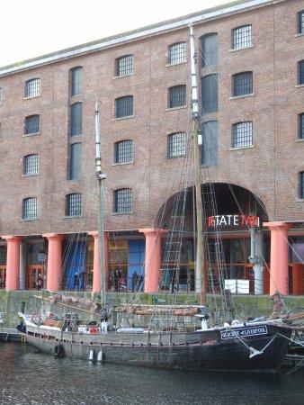 Hotels Near Tate Liverpool