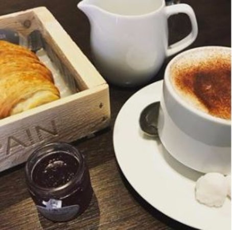 Radisson Blu Edwardian Sussex Hotel: Café da manhã