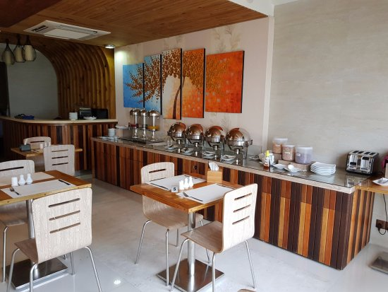 Hotel lonuveli updated 2017 prices reviews hulhumale for The family room hulhumale