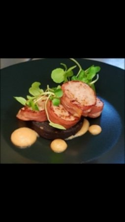 Turvey, UK: Homemade Sauage wrapped in Parma Ham with Black Pudding