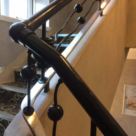 Premier Inn Bournemouth Central Hotel: Original art deco handrails in stairwell