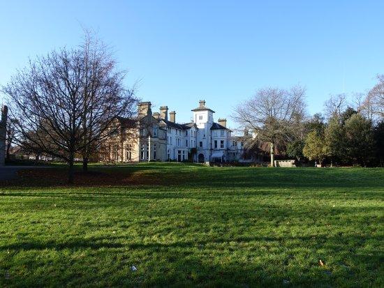 Stephens House & Gardens: photo2.jpg