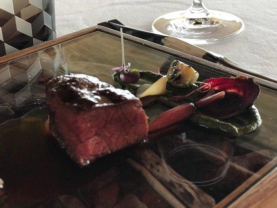 Impecável gastronomia , serviço e ambiente !!!