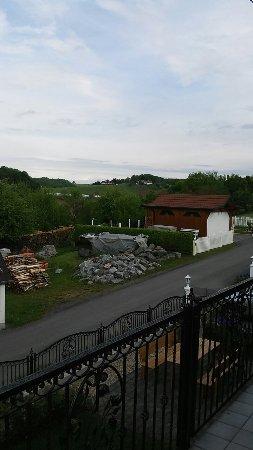 Jennersdorf, Østrig: 20170505_083250_large.jpg