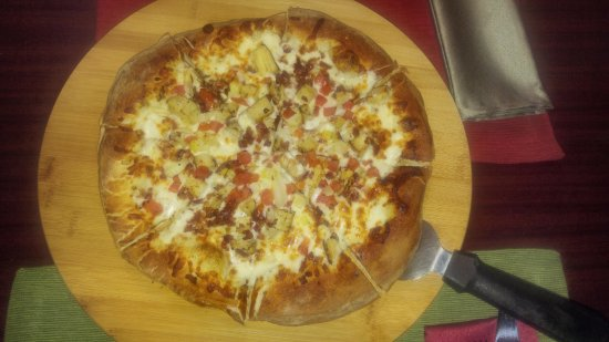 Cross Plains, WI: Try our pizza!