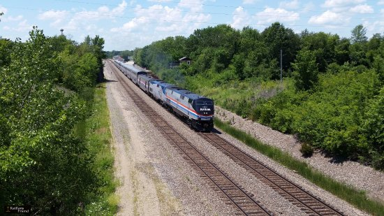 La Plata, Μιζούρι: Amtrak 40th Anniversary unit pulls the Southwest Chief EB to Chicago.