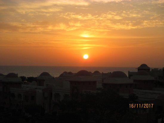 Sonnenaufgang Mit Blick Vom Balkon Bild Von Serenity Makadi Beach