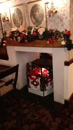 The Shepherd & Shepherdess Inn Restaurant: Christmas arrives at the Shepherd & Shepherdess , our excellent local . Can't for our Christmas