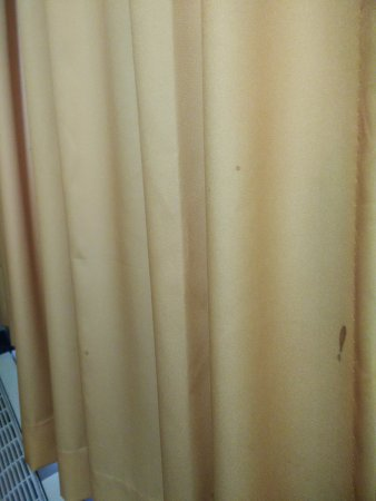 Ajax, Canada: stains on curtains