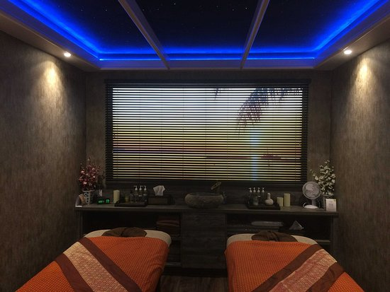 Hotels In Whitefield Manchester