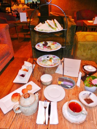 Lattrop, Países Bajos: figh tea, reference class