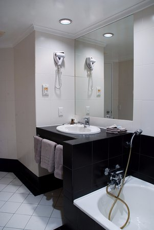 Interior - Picture of Quality Hotel The Angus, Lower Hutt - Tripadvisor