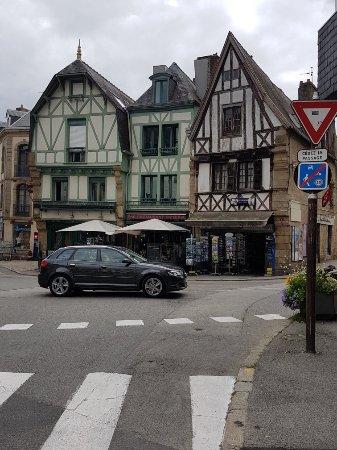 Tréal, France: 20170720_131028_large.jpg