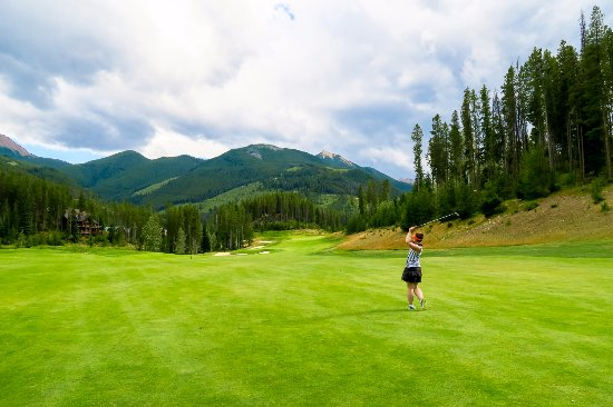 Panorama, Canadá: mountain golf that's playable