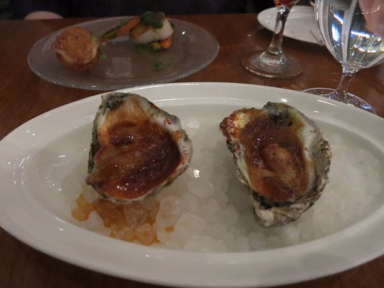 Oxon Hill, Μέριλαντ: Grilled oysters in barbecue sauce