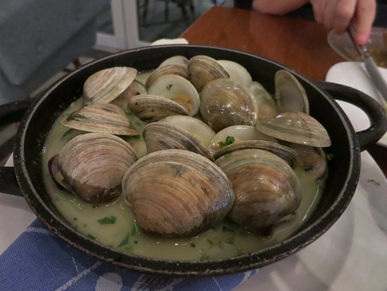 Oxon Hill, Μέριλαντ: Steamed clams