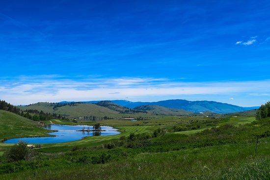Predator Ridge Golf Resort: great views and good resort style golfing