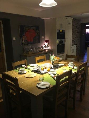 Dittisham, UK: breakfast laid for two