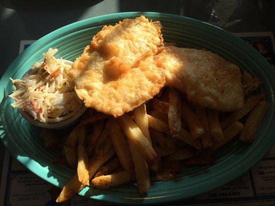Lakefield, Kanada: Halibut Fish and chips