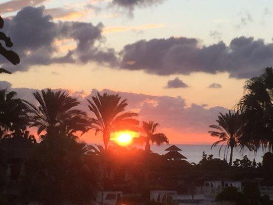 Sheraton Fuerteventura Beach, Golf & Spa Resort: Sunrise
