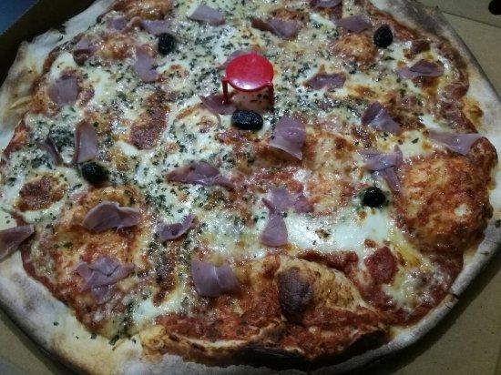 Pizzapp salon de provence restaurant avis num ro de for Livraison pizza salon de provence