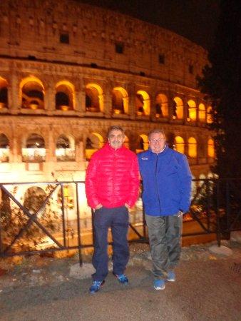 Hotel Grifo: desde el hotel caminando al Coliseo