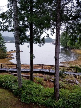 Water's Edge Shoreside Suites: 20171125_154003_large.jpg