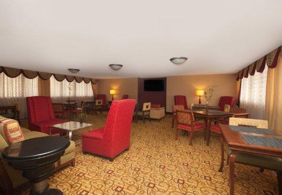 Farmington, CT: Concierge Lounge