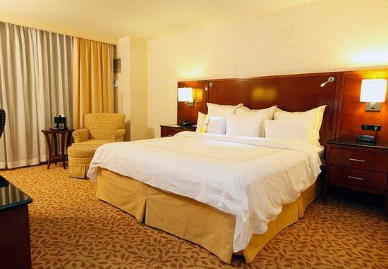 Farmington, CT: King Guest Room
