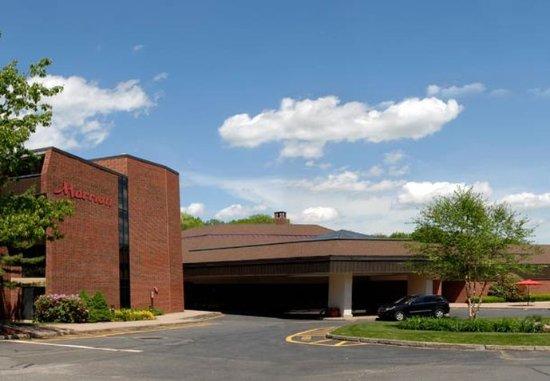Farmington, CT: Exterior