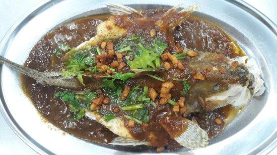 168 Restaurant: Nasi Pattaya,  steam ikan kerapu pintang, steam   taujiong ikan kerapu, ikan putih masak kicap.,
