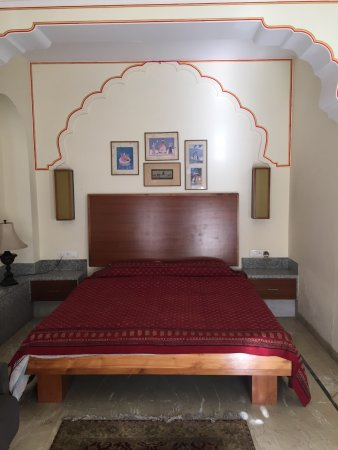 Hotel Meghniwas : photo0.jpg