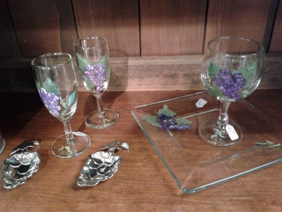 Ashville, NY: Hand painted wine glasses