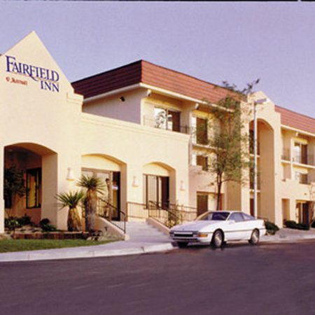 Fairfield Inn Albuquerque University Area: Exterior