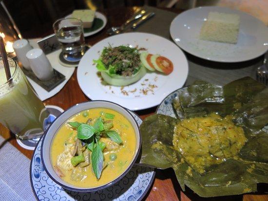 Blue Lagoon Restaurant: Our dinner