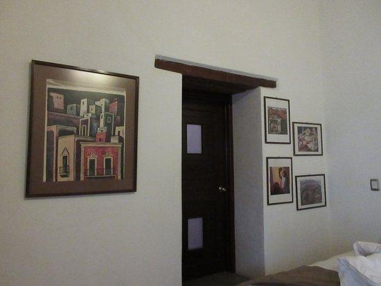 Hotel Alonso 10 Boutique & Arte: Obras del pintor Chávez Morado.
