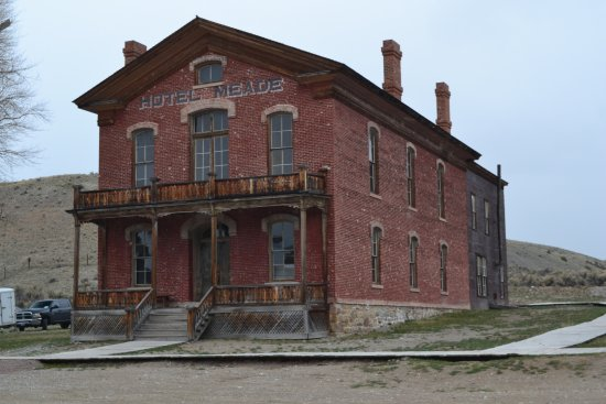 Bannack State Park: Hotel Meade is hunted by a young girl