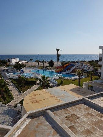 Palmyra Holiday Resort & Spa Photo