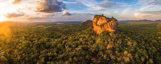 Tea Leaf Travels: The incredible Sigiriya rock