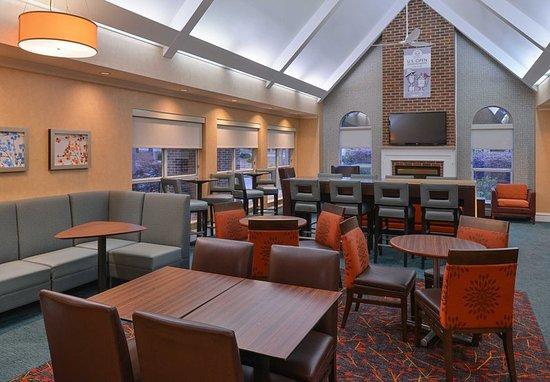 Southern Pines, Carolina del Norte: Lobby - Seating Area