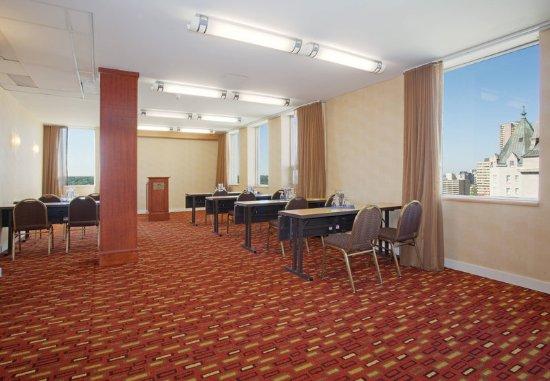 Courtyard Edmonton Downtown: Fraser Meeting Room